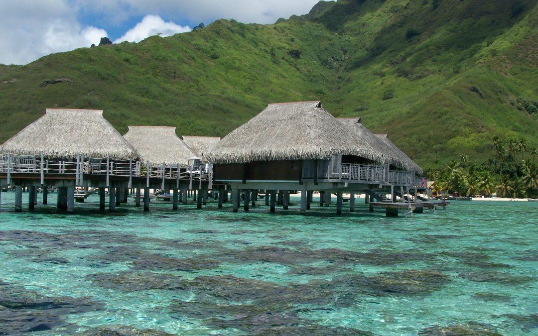Hajónapoló Navigáció a Társaság-szigeteken