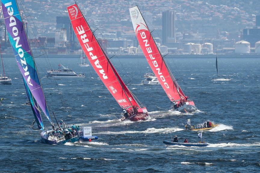 VOR kikötői verseny 3: végre a Dongfengnek is összejött a győzelem