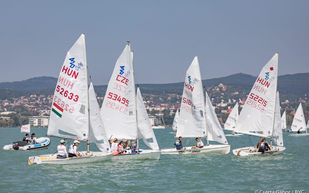 Közel száz hajó a Laser-420 Open bajnokságon