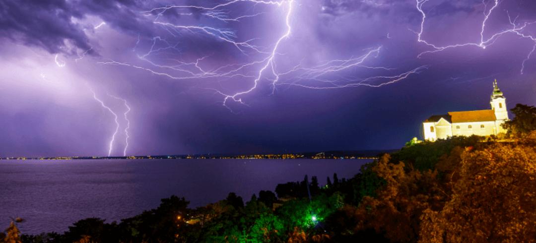 Újraindul a balatoni viharjelzés